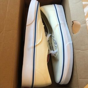Vans- Authentic, Off White